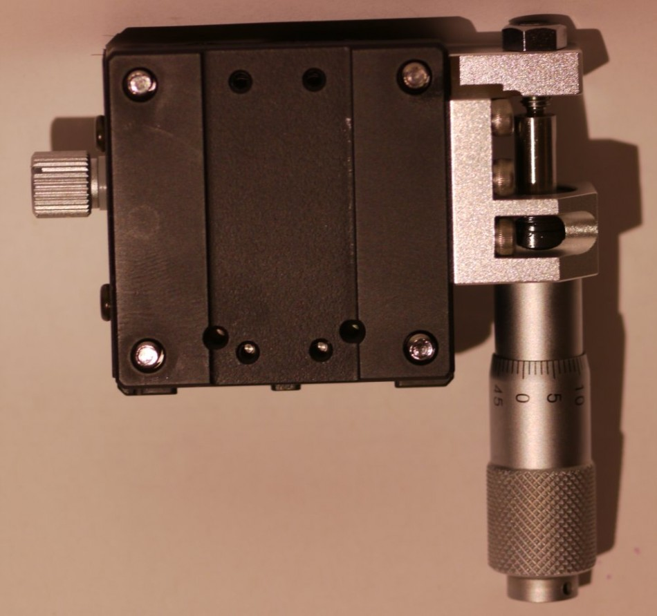 Optosigma stage with micrometer